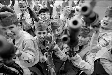 Robert Lebeck, Kinderkadetten in einer amerikanischen Militärakademie, USA, 20. März 1968, © Archiv Robert Lebeck