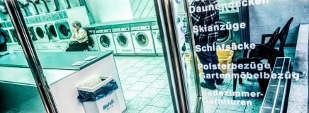 Warten im Waschsalon © k.enderlein FOTOGRAFIE