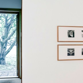 Stiftung Insel Hombroich, Ursula Schulz-Dornburg im Siza Pavillon, © 2018 k.enderlein FOTOGRAFIE