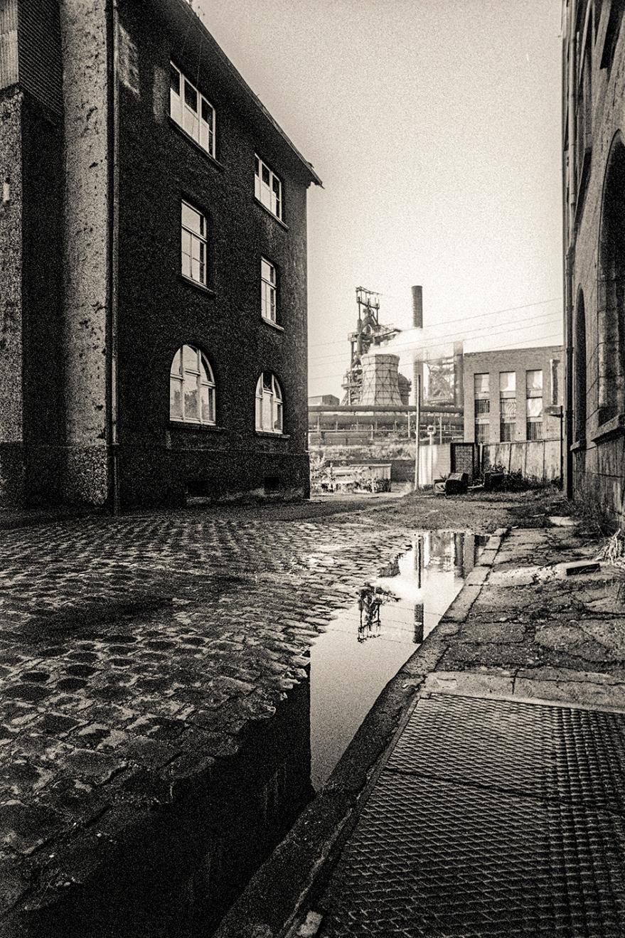 Duisburg Bruckhausen an der Kaiser-Wilhelm-Straße 1978 © 2019 k.enderlein FOTOGRAFIE