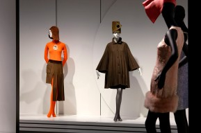 PIERRE CARDIN.FASHION FUTURIST, Ausstellung im Kunstpalast Düsseldorf, Ausstellungsansicht © 2019 k.enderlein FOTOGRAFIE