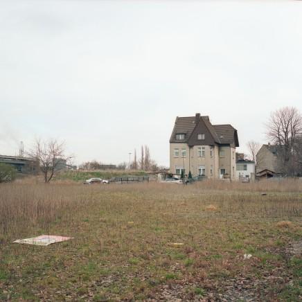 Sanierungsgebiet Grüngürtel Nord, Duisburg-Bruckhausen 2007; Copyright: Bettina Steinacker